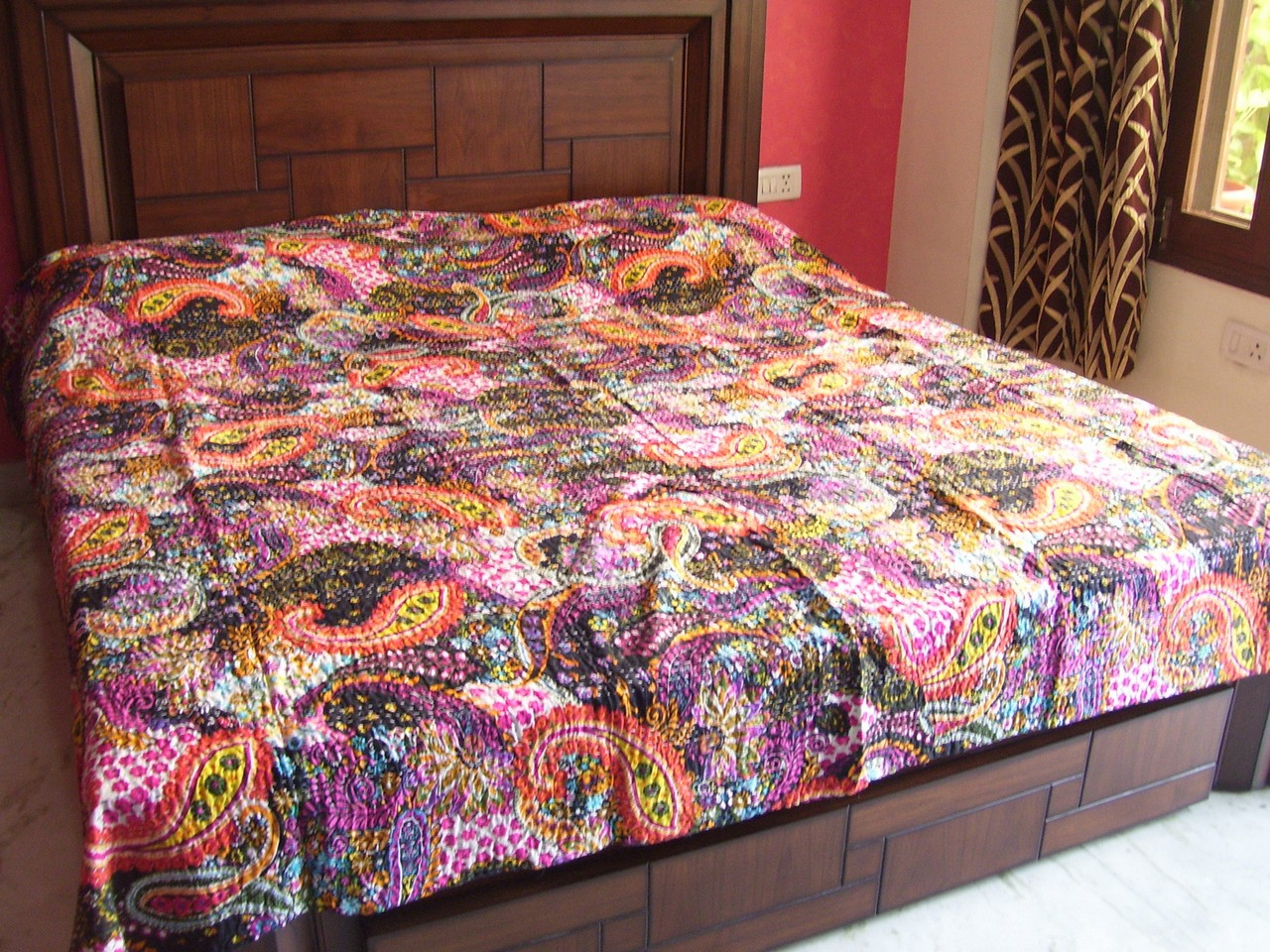 BED COVER LINEN